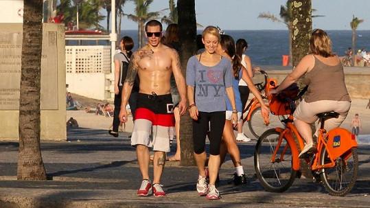 Casper Smart se procházel po Riu s neznámou blondýnou.
