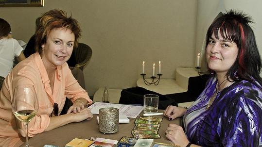 Ilona Svobodová si nechala věštit budoucnost.