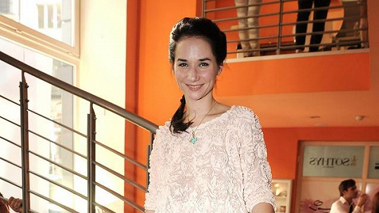 Sandra Nováková byla rozhozená z Moniky Štikové.