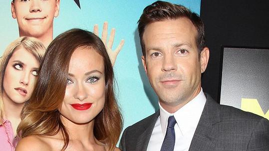 Olivia Wilde a její snoubenec oznámili, že čekají dítě.