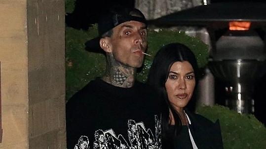 Kourtney Kardashian a Travis Barker