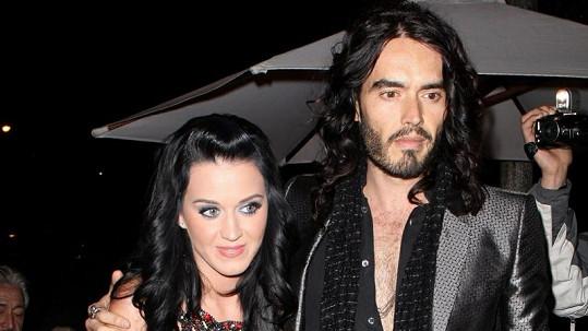 Katy Perry a Russell Brand procházejí manželskou krizí.