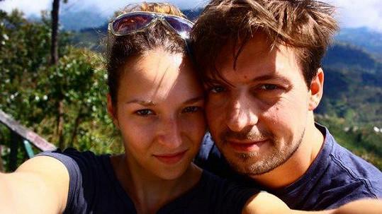 Takhle si Pavel Čechák s Berenikou Kohoutovou užíval dovolenou na Srí Lance.