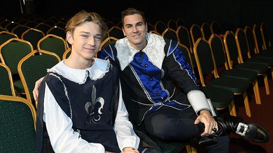 David Gránský s mladším bratrem Tomem budou hrát ve hře Cyrano