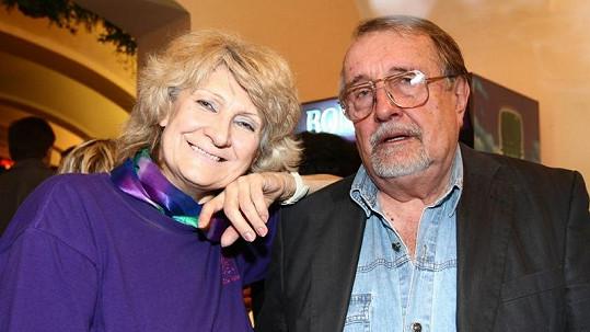 Eduard Hrubeš s manželkou Blankou, která prodělala mrtvici.