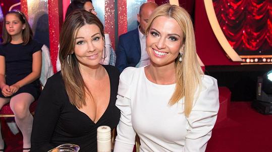 Marianna Ďurianová (vpravo) s krásnou sestrou Darinou