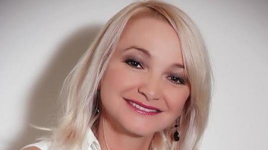 Anna Šišková spadla ze schodů.