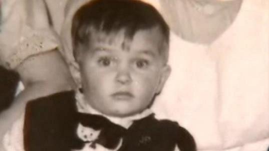 Kdo je ten chlapeček na fotce?