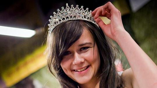 Miss Army se stala Klára Bartošová.
