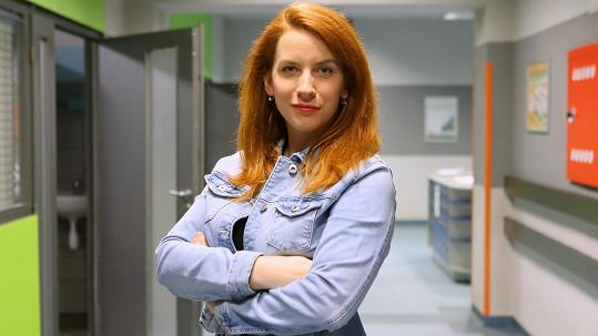 Anna Fixová se nově objeví na obrazovce.