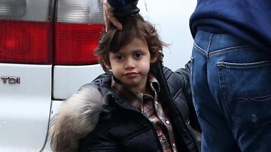 Max je své mamince velmi podobný.
