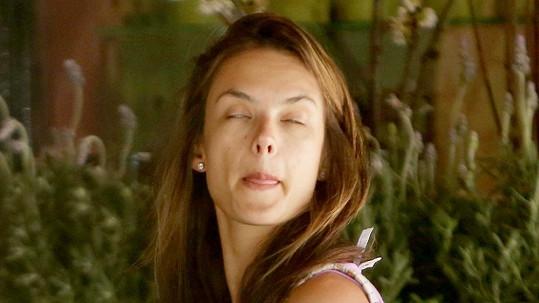 I takhle vypadá Alessandra Ambrosio.