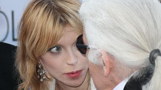 Courtney Love s výběrem šatů šlápla vedle.