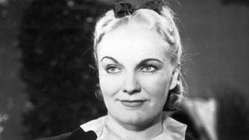 Viktorka z Babičky neměla na růžích ustláno: Skončila neprávem v žaláři a o lásku ji připravila šílenáfanynka