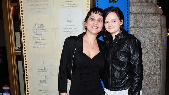 Alena Mihulová s dcerou Karolinou.