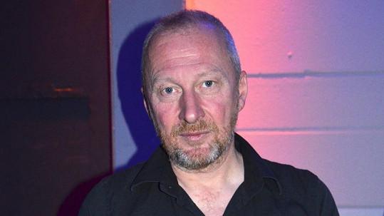 Colin Vearncombe alias Black zemřel na následky autonehody.