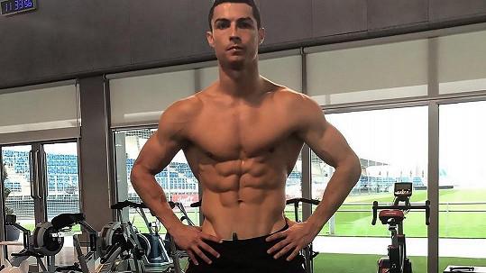 Cristiano Ronaldo a jeho motivační foto z posilovny