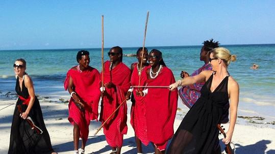 Femme2Fatale se staly na Zanzibaru hvězdami