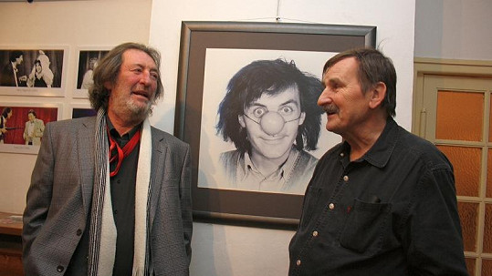Bolek Polívka a Jef Kratochvíl u jednoho z Bolkových nejznámějších portrétů.