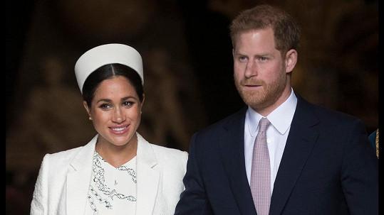 Princ Harry se veřejně zastal manželky Meghan.