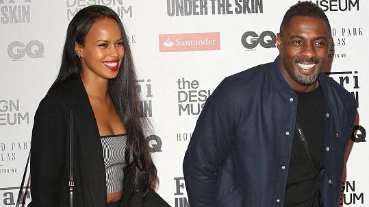 Idris Elba si v Maroku vzal za ženu Sabrinu Dhowre.