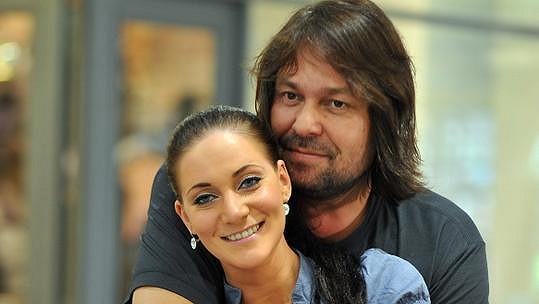 Jiří Pomeje je s Andreou Šťastnou šťastný.
