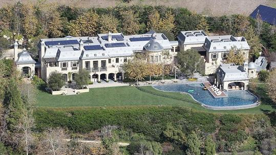 Dům, který bude obývat Dr. Dre, připomíná spíš zámek.