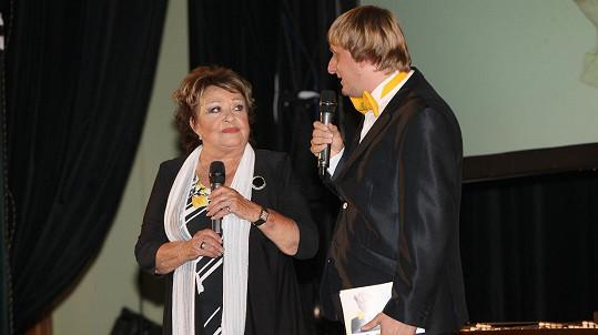Jiřina Bohdalová převzala v Plzni další ze svých cen a práskla, co ji vytáčí.