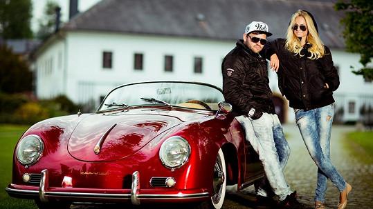 Tereza Fajksová si na luxusní bouráky potrpí.