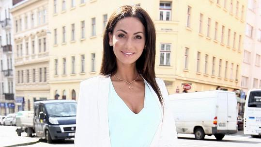 Eliška Bučková chce pomáhat dívkám s anorexií.
