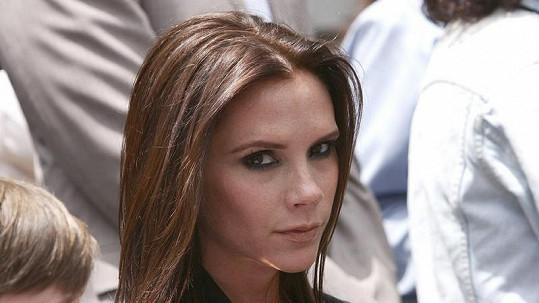 Victoria Beckham se těší na holčičku.