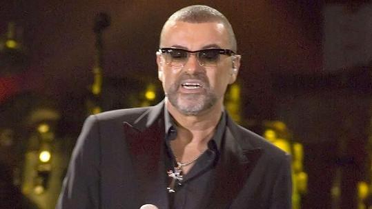 George Michael se zranil při nehodě na dálnici.