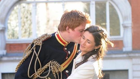Dvojníci Pippy Middleton a prince Harryho.