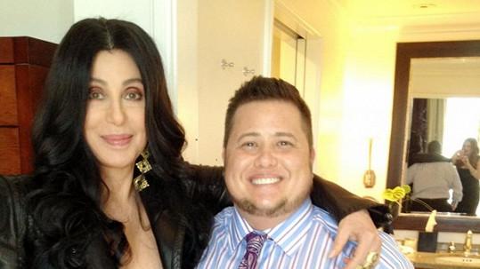 Cher se svým synem Chazem Bonem, který se narodil jako žena.