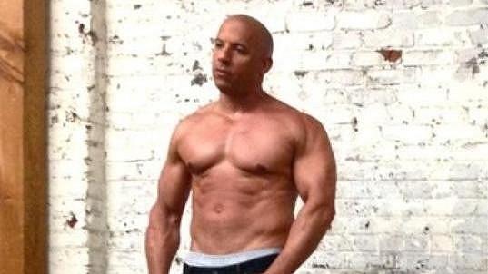 Vin Diesel fotil pro časopis.