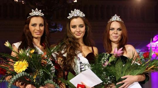 Nejkrásnější dívky Prahy vypadaly po několika dnesh zvracení a průjmu trochu zničeně.