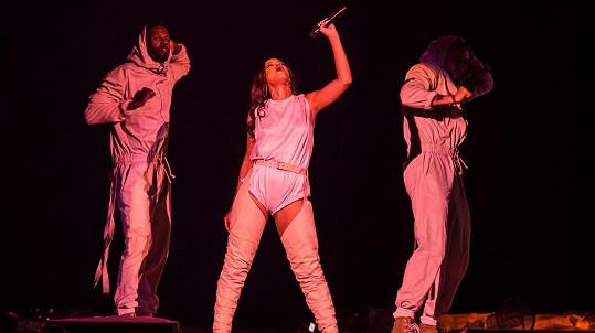 Rihannino páteční vystoupení v Nice bylo zrušeno.