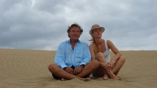 Karel Gott se svou dcerou Dominikou na dovolené