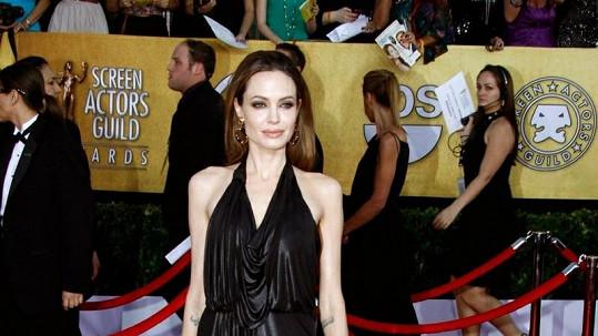 Angelina Jolie vypadá velmi nezdravě.