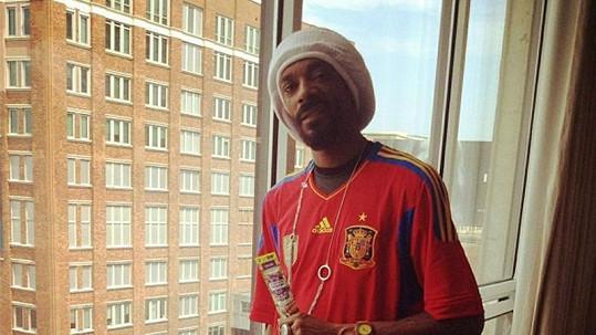 Snoop Dogg se netají svým kladným vztahem k návykovým látkám.