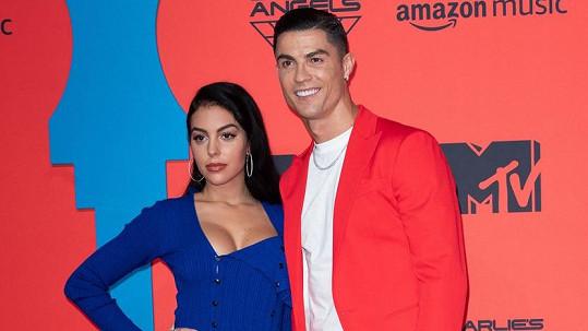 Cristiano Ronaldo s přítelkyní Georginou