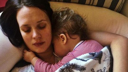 Kristýna Leichtová si užívá mateřství.