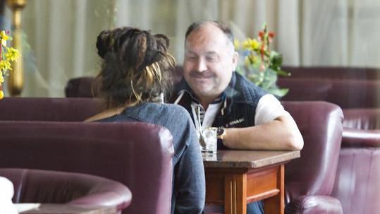 Michal David a Simona Fehérová se sešli v restauraci.