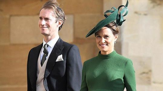 Pippa a James mají syna.