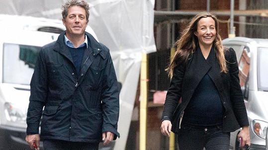 Hugh Grant a Anna Eberstein mají druhého potomka.