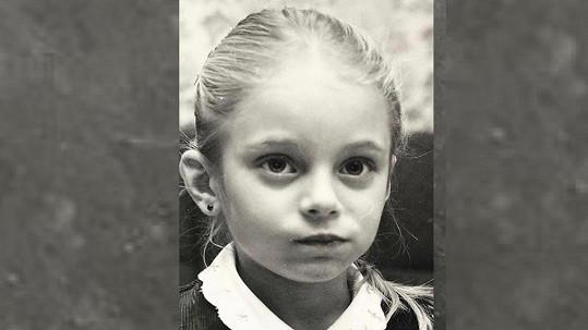 Takhle vypadala známá moderátorka jako malá holčička.