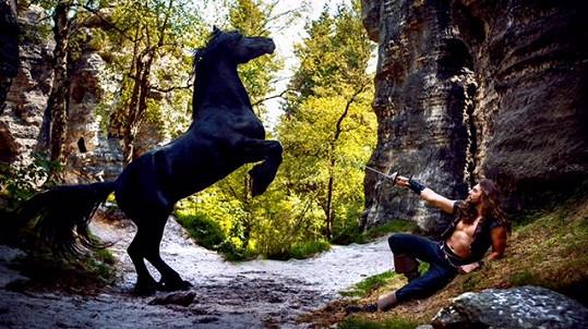 Když se nad Janem Kopečným vzpínal kůň, vypadalo to nebezpečně.
