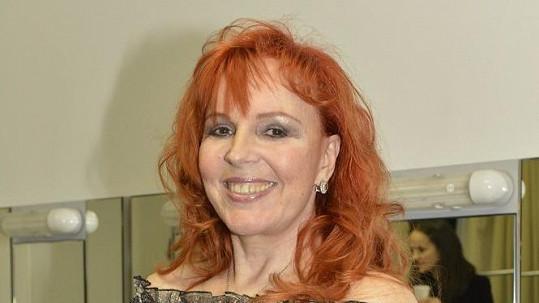 Marcela Holanová nevěří, že se Karel Svoboda zastřelil.