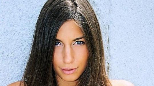 Nebýt barvy vlasů, Blanka je dvojnicí Jennifer Aniston.