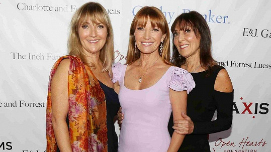 Jane Seymour (uprostřed) se sestrami Anne Gould (vlevo) a Sally Frankenberg